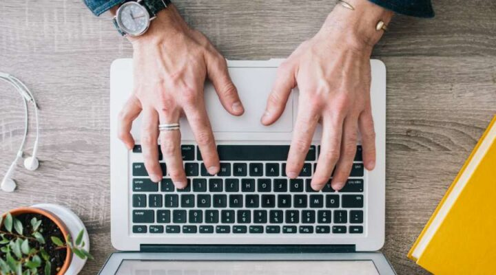 How to Hire Freelance SEO Content Writers